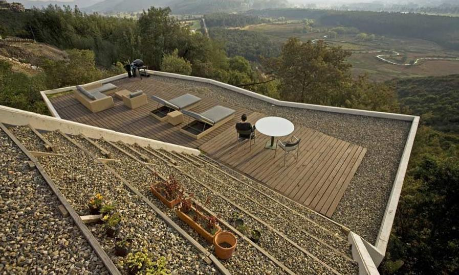 flat-roof-decking-terrace-house-exterior-design-ideas2